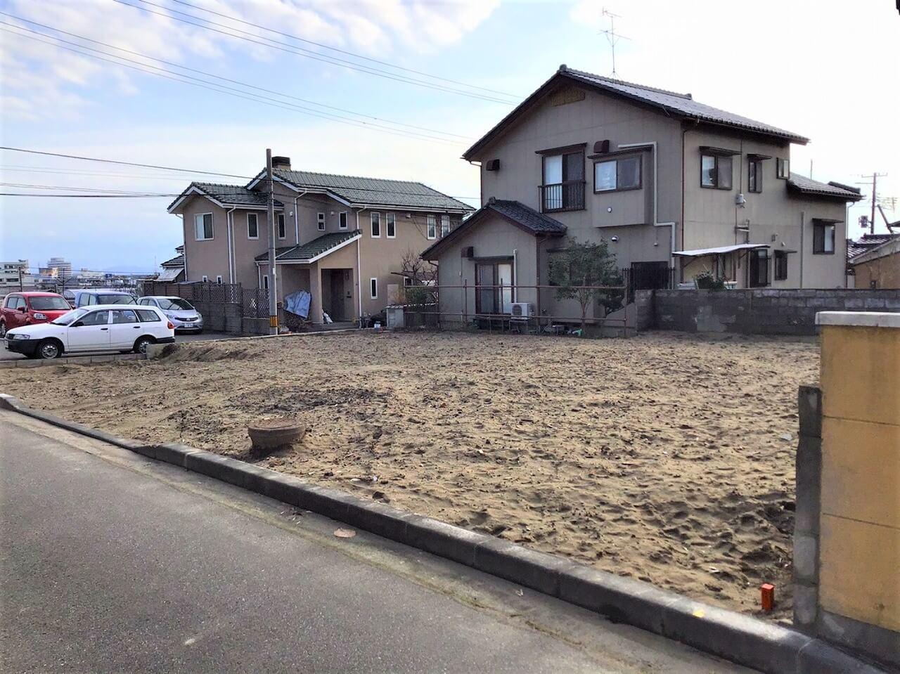 新潟市西区小針藤山の不動産【土地】情報