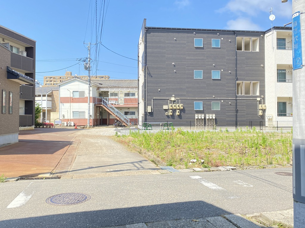 新潟県新潟市中央区南万代町の区画図